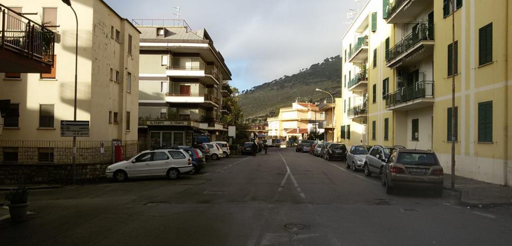 Lavori di risanamento rete idrica quartiere San Giulio, divieti e direzioni obbligatorie.