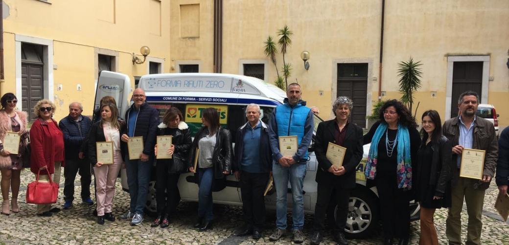 La PMG dona un pulmino solidale al Comune di Formia