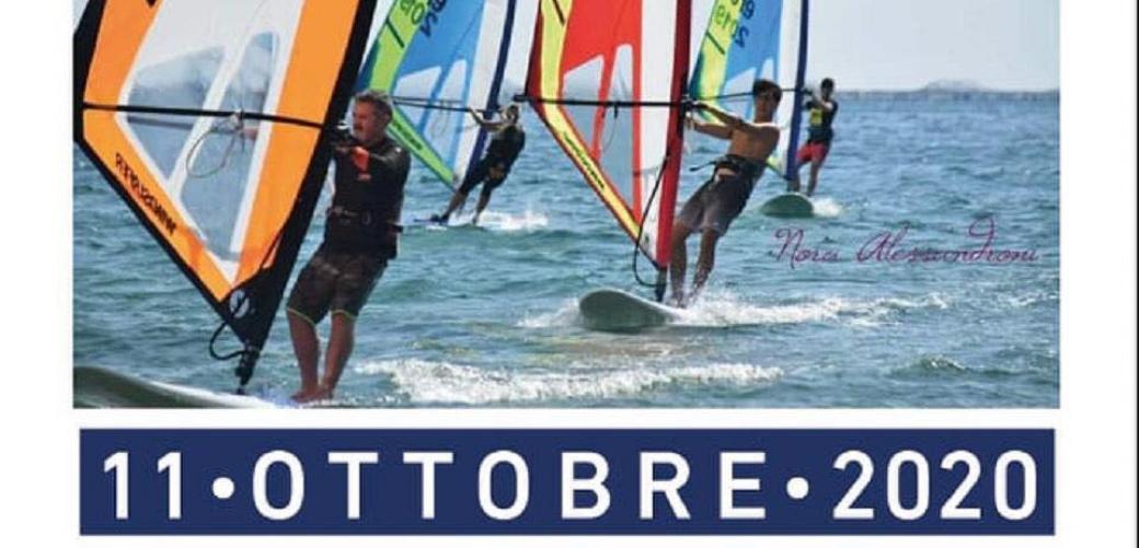 Windsurfer Competition, la gara di slalom nelle acque di Vindicio